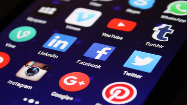 How Social Media Affects Your Job Search
